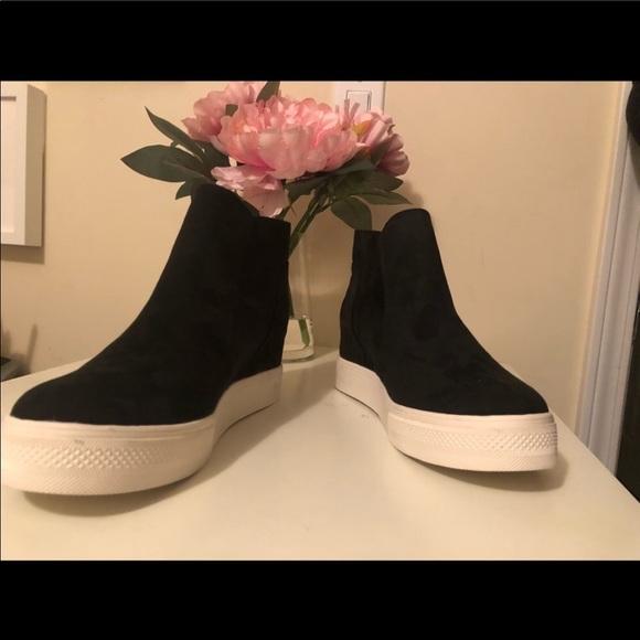 Steve Madden Shoes - Steve Madden Wonderous Sneaker Wedge